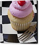 Cupcake With Heart On Checker Plate Canvas Print by Garry Gay