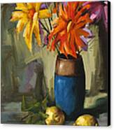 Daisies In Blue Vase Canvas Print by Pepe Romero