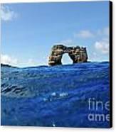 Darwin's Arch By Sea Level Canvas Print
