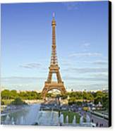 Eiffel Tower With Fontaines Canvas Print