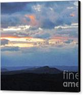 Evening Sky Over The Quabbin Canvas Print by Randi Shenkman