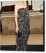 Ginnifer Goodwin Wearing A Yves Saint Canvas Print by Everett