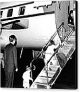 Jacqueline Kennedy Is Welcomed Home Canvas Print by Everett