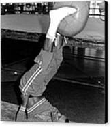 Joe Frazier In Training At The Concord Canvas Print by Everett