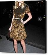 Kate Bosworth Wearing A Burberry Canvas Print