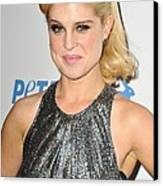 Kelly Osbourne At Arrivals For Petas Canvas Print by Everett