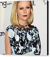 Kirsten Dunst Wearing A Rodarte Dress Canvas Print