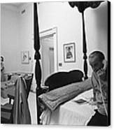 Lady Bird And President Johnson Taking Canvas Print by Everett
