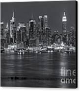Manhattan Twilight Vii Canvas Print