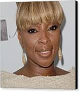 Mary J Blige At Arrivals For 2011 Canvas Print by Everett