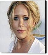 Mary-kate Olsen At Arrivals For Weeds Canvas Print