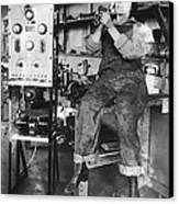 Mary Loomis, Radio School Operator Canvas Print by Science Source