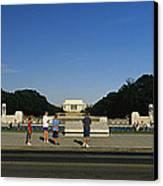 Memorial Plaza Of The World War II Canvas Print by Richard Nowitz