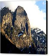 Mountains Of Yosemite . 7d6167 Canvas Print