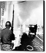 National Guard In Watts During The 1965 Canvas Print by Everett
