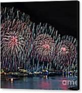 New York City Celebrates The 4th Canvas Print by Susan Candelario