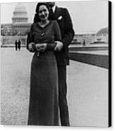 Newlywed Lyndon And Lady Bird Johnson Canvas Print by Everett
