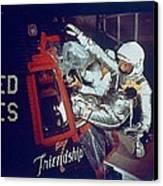 Overall View Of Astronaut John Glenn Canvas Print by Everett