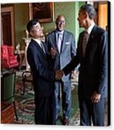 President Obama Talks With Commerce Canvas Print