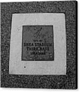 Shea Stadium Third Base In Black And White Canvas Print