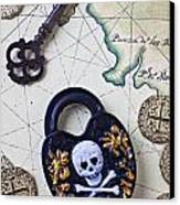 Skull And Cross Bones Lock Canvas Print by Garry Gay