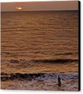 Sunrise At Jacksonville Canvas Print by Joe Bonita