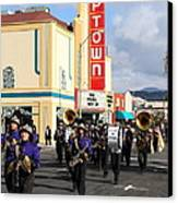 The Marching Band At The Uptown Theater In Napa California . 7d8925 Canvas Print