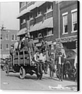 Truck On Street Near Tulsa, Oklahomas Canvas Print