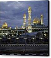 Twilight View Of An Illuminated Mosque Canvas Print