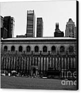 View From Bryant Park Nyc Canvas Print by Trude Janssen