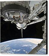 View Of Space Shuttle Discovery Canvas Print by Stocktrek Images