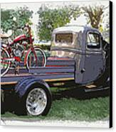 Wizzer Cycle At The Hot Rod Show Canvas Print