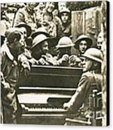 Yankee Soldiers Around A Piano Canvas Print by Photo Researchers