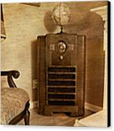 Zenith Consol Radio 1940's  Canvas Print by Paul Ward