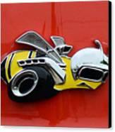 1970 Dodge Super Bee Emblem Canvas Print by Paul Ward