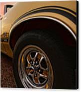 1970 Oldsmobile Cutlass 4-4-2 W-30  Canvas Print by Gordon Dean II