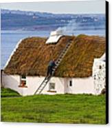 Traditional Thatch Roof Cottage Ireland Canvas Print