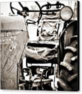 Beautiful Oliver Row Crop Old Tractor Canvas Print by Marilyn Hunt