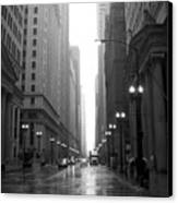 Chicago In The Rain 2 B-w Canvas Print