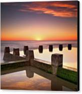 Coogee Beach At Early Morning,sydney Canvas Print by Noval Nugraha Photography. All rights reserved.