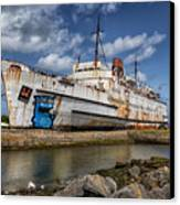 Duke Of Lancaster  Canvas Print by Adrian Evans