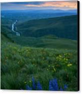 Dusk Over The Yakima Valley Canvas Print