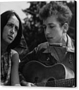 Folk Singers Joan Baez And Bob Dylan Canvas Print by Everett
