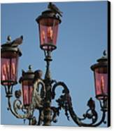 Lamp Post In Venice With Pigeons Canvas Print