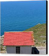 Little Shack At The Point Reyes Lighthouse In California . 7d16020 Canvas Print by Wingsdomain Art and Photography