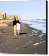 Lovers On The Beach Canvas Print by Tom Zukauskas