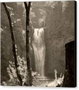 Lower Multnomah Falls Canvas Print
