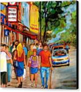 Lunchtime On Mainstreet Canvas Print