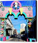 Mardi Gras In Galveston Canvas Print