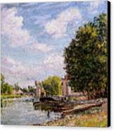 Moret-sur-loing Canvas Print by Alfred Sisley